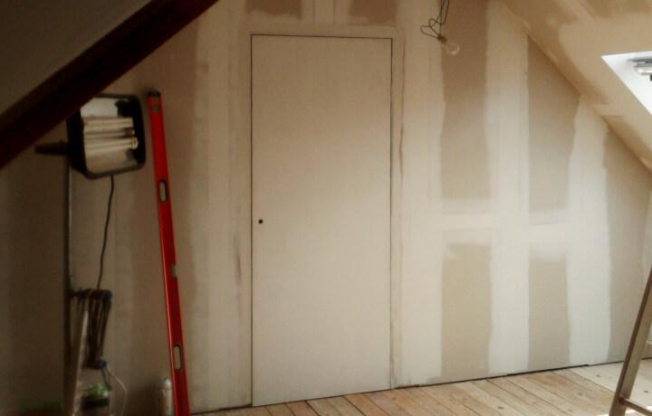 Binnendeur op zolder
